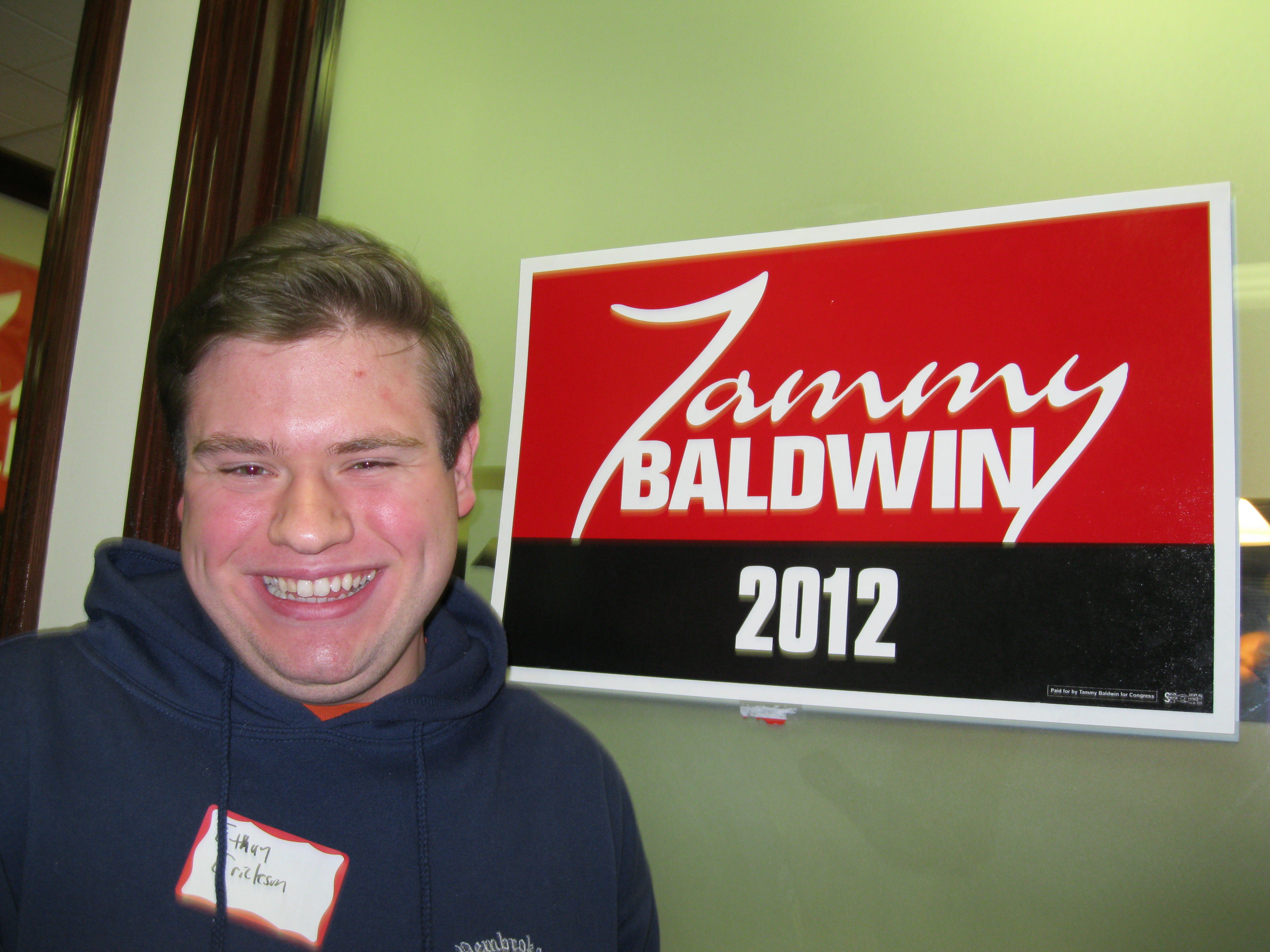Former college Republican makes his case for Tammy Baldwin at Milwaukee office opening