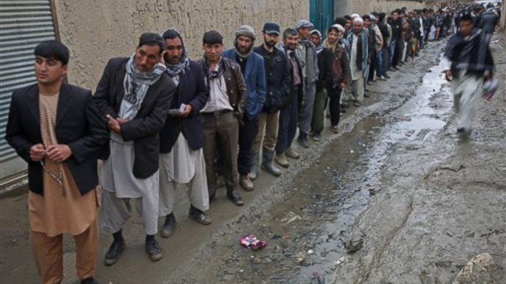 AP_Afghanistan_voting_2